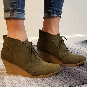 Mia - Raphaella, Green Suede Lace Up Wedges
